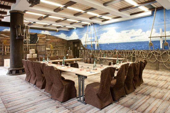 Heide-Park-Abenteuerhotel_Thematisierter-Tagungsraum-Hispanola